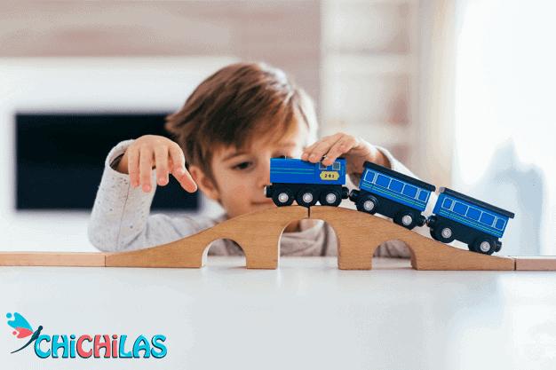 چیچیلاس - اسباب بازی قطار- اسباب بازی - کودک - قطار توماس