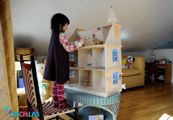 چیچیلاس - سرگرمی کودک - اسباب بازی کودک - اسباب بازی سرگرم کننده - خانه عروسک - بازی مناسب کودک