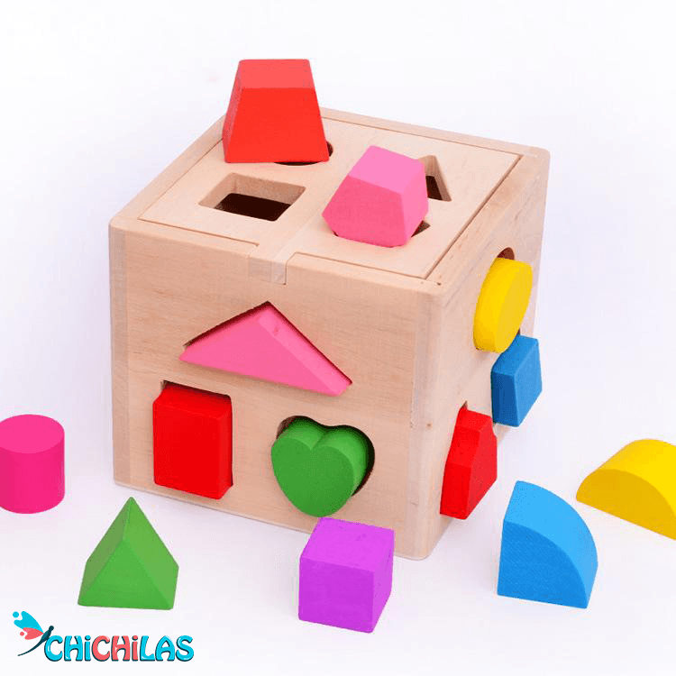 چیچیلاس - اسباب بازی ها - فروشگاه چیچیلاس - اسباب بازی اشکل - اسباب بازی جور کردنی - فروشگاه چیچیلاس - عکس کودک