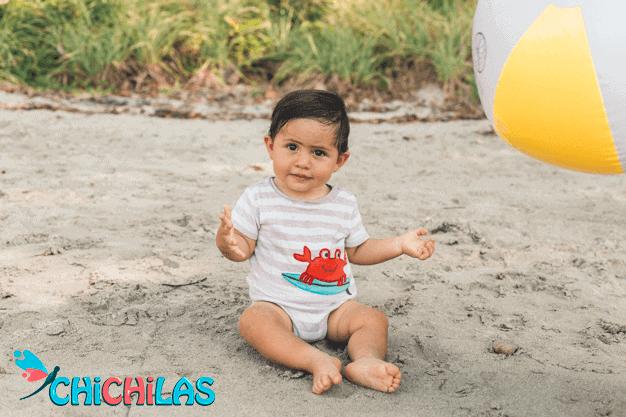 چیچیلاس - اسباب بازی ها - فروشگاه چیچیلاس - توپ بازی کودک - توپ بازی -فروشگاه چیچیلاس - عکس کودک