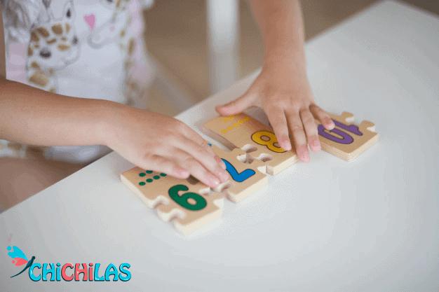 چیچیلاس - اسباب بازی - پازل - هدیه کودک - فروشگاه چیچیلاس - کودک 18 ماهه - کودک 24 ماهه - فروشگاه عروسک - عکس کودک